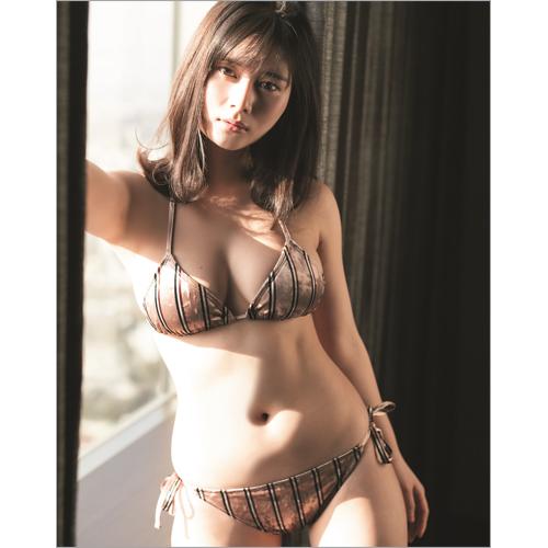 大久保桜子 サイン入り写真パネル